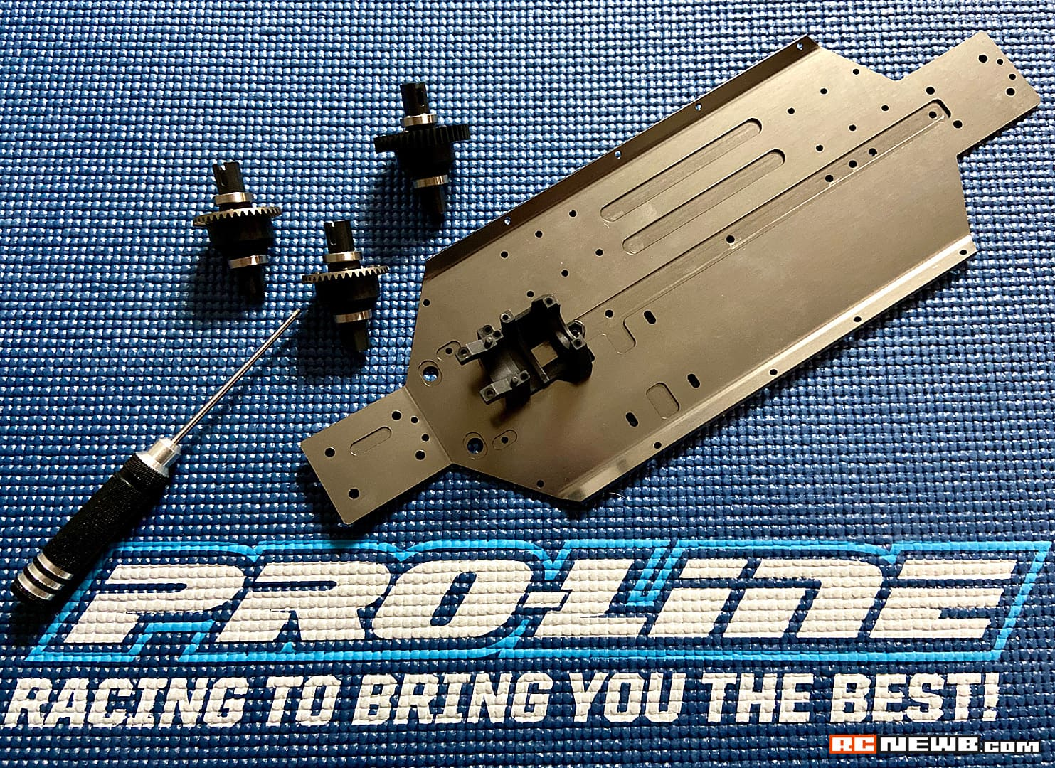Pro-Line Pro-Fusion SC 4×4 Build – Chassis Assembly