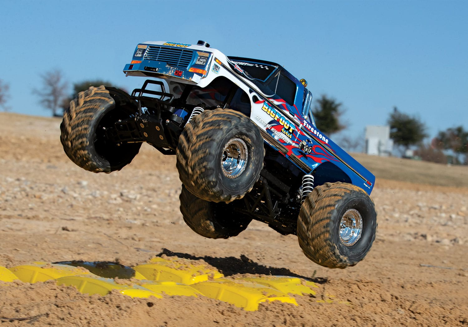Traxxas Fires Up the Classic Bigfoot 4×4 with a Flame Graphics Package