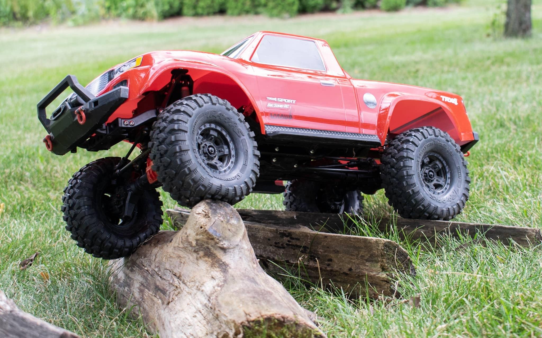 Traxxas TRX-4 Sport - Log Crawl