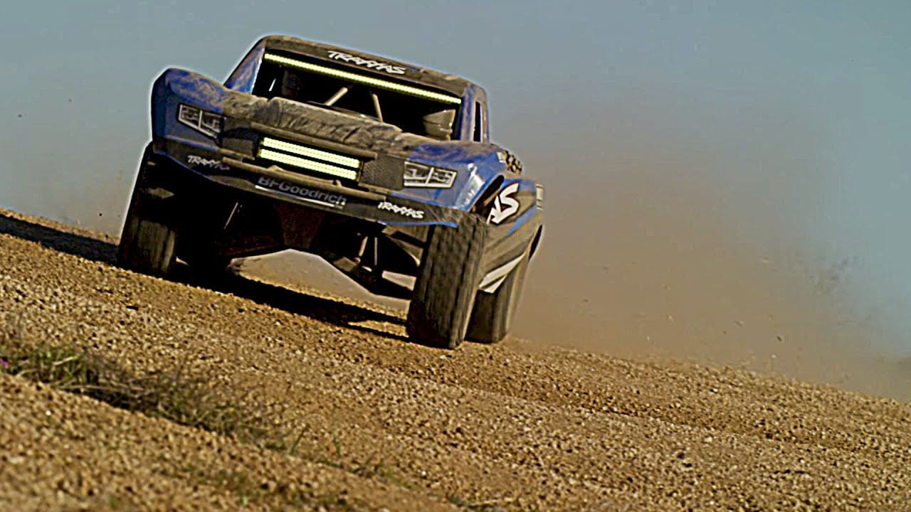 Desert Dreamin' with the Traxxas UDR [Video]