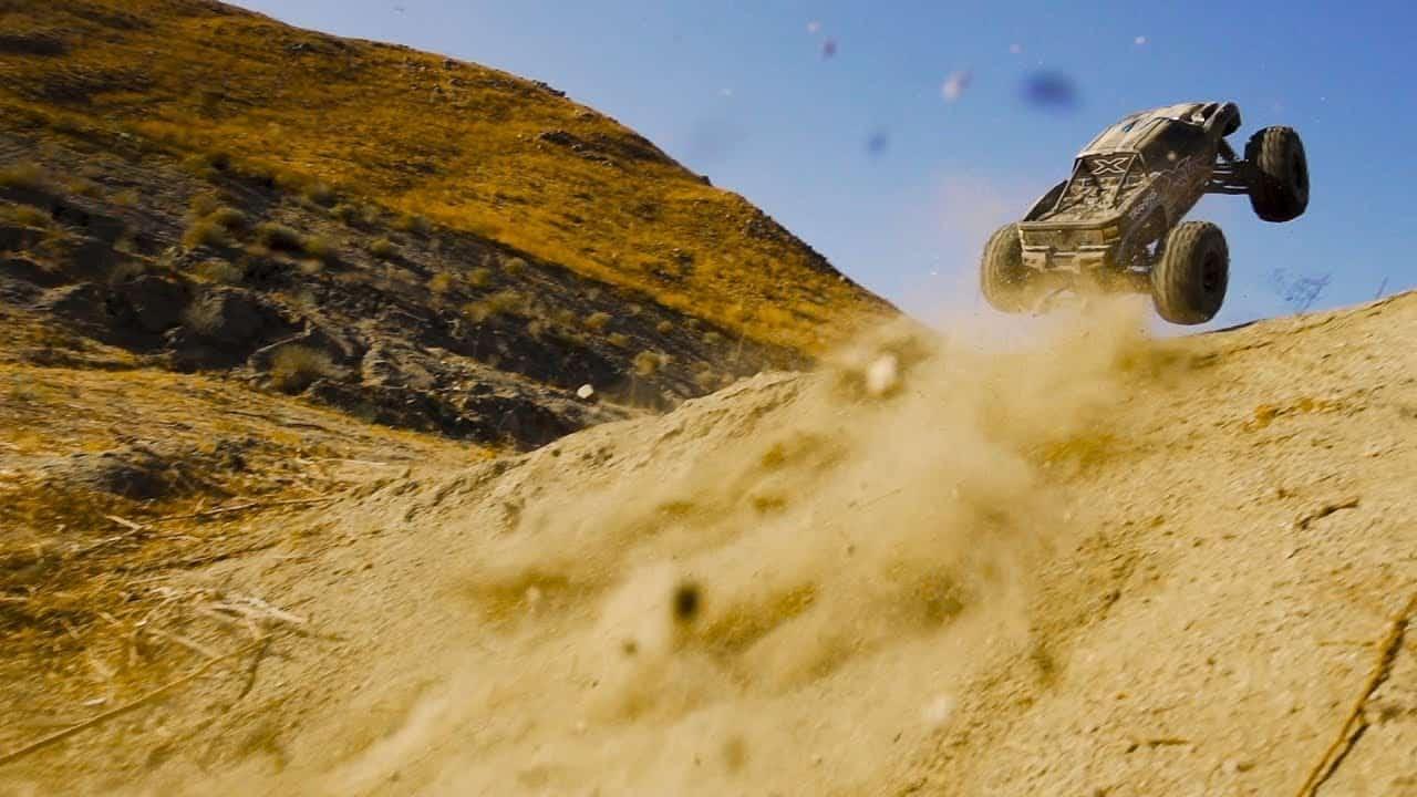 Traxxas Blasts into 2018 with a Big Air X-Maxx Bash [Video]   RC Newb