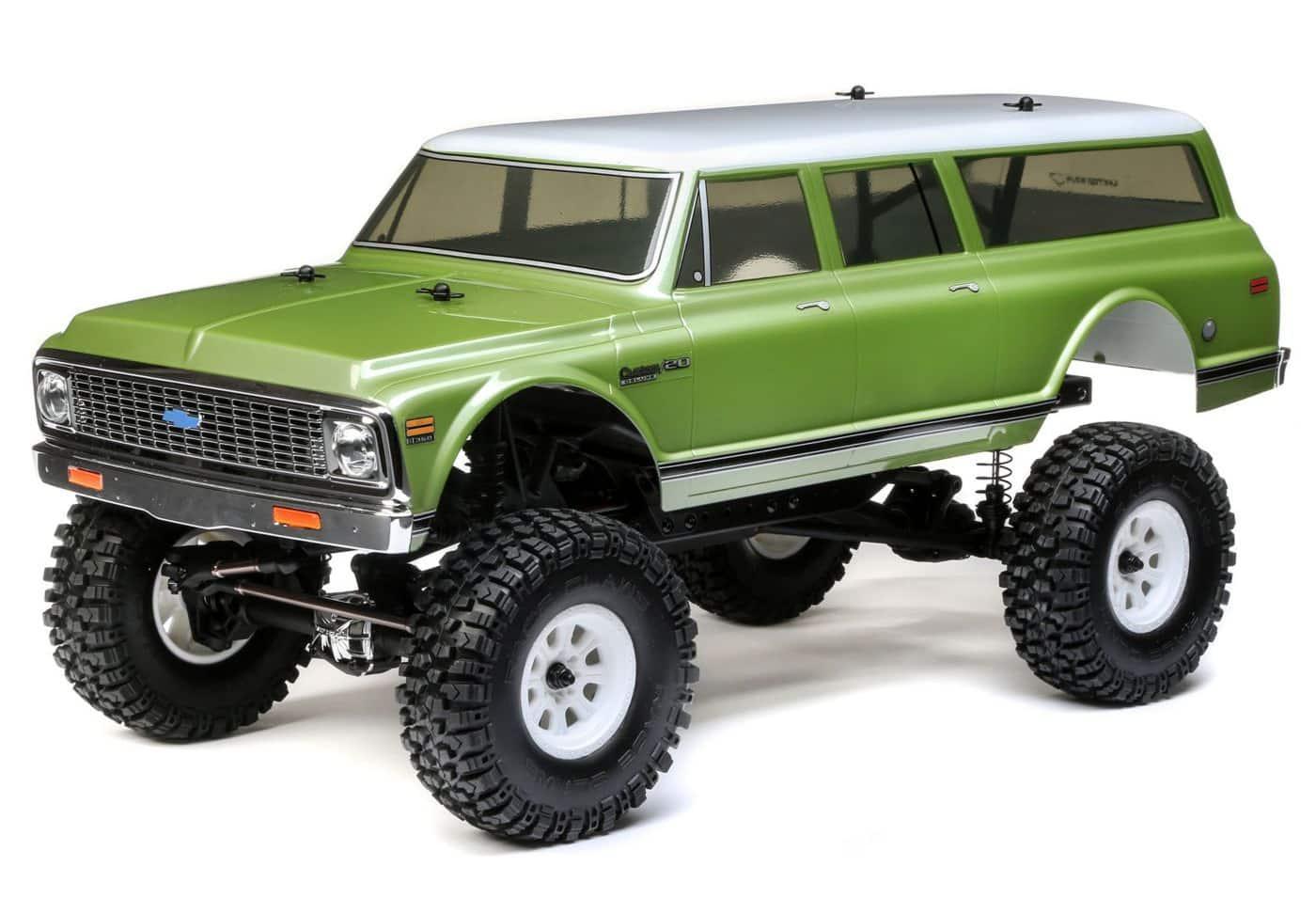A Budget Brute: Vaterra's 1972 Chevy Suburban Ascender-S
