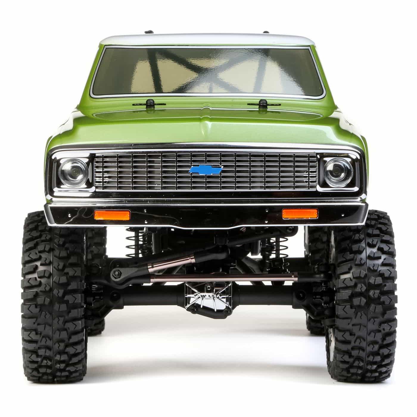 Vaterra 1972 Chevy Suburban Ascender - Front