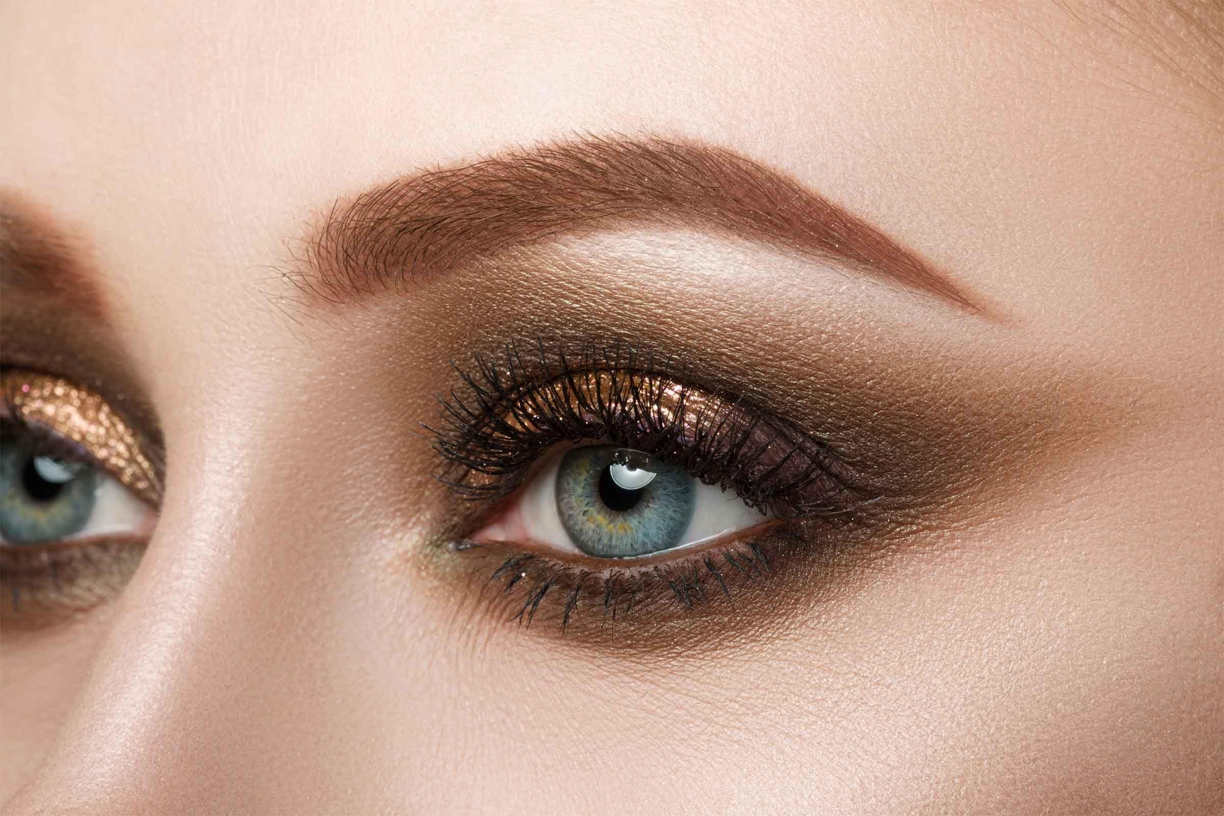 Eye Makeup Tips: 7 Ways To Make Your Eyes Pop