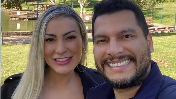 Andressa Urach and Thiago Lopes