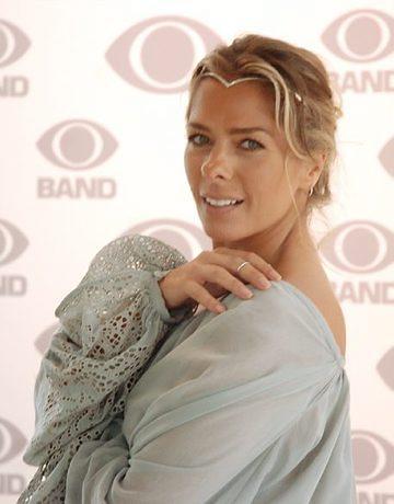 Adriane Galisteu está na Band desde 2008