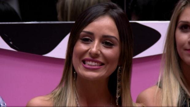 """Letícia não resistiu ao paredão e deixou o """"BBB14"""""""