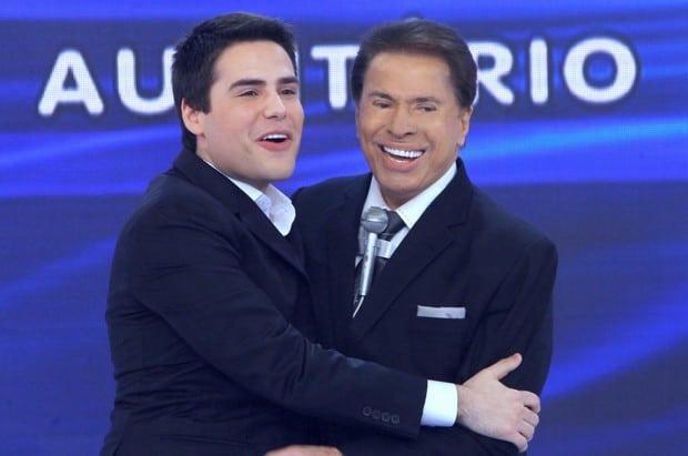 """Bacci abraça Silvio, seu antigo """"patrão"""""""