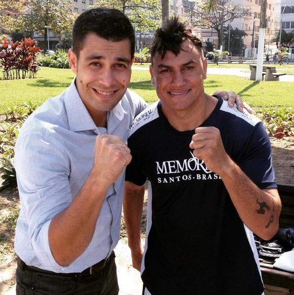 Repórter Jesus Mosquera como lutador Popo Reprodução Instagram