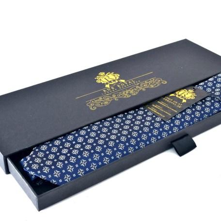 Modrá luxusná hodvábna foulard kravata
