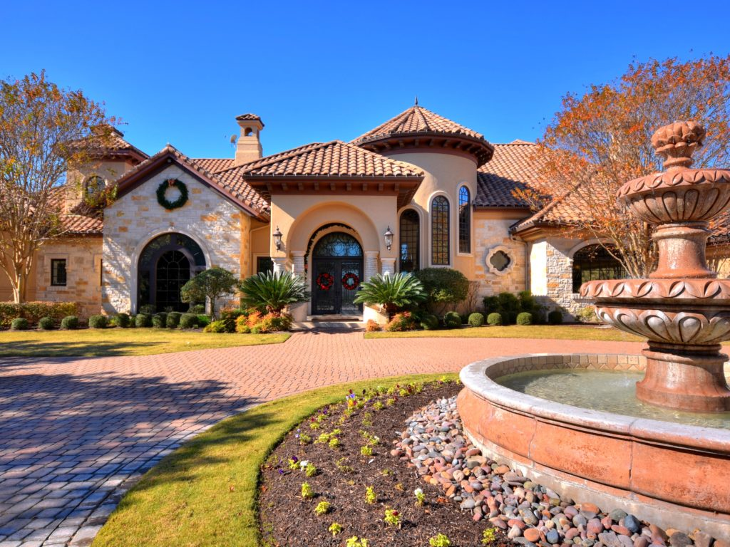 Former Longhorns Coach Charlie Strong Selling $5M Austin