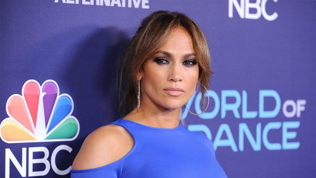 Jennifer Lopez selling in NYC