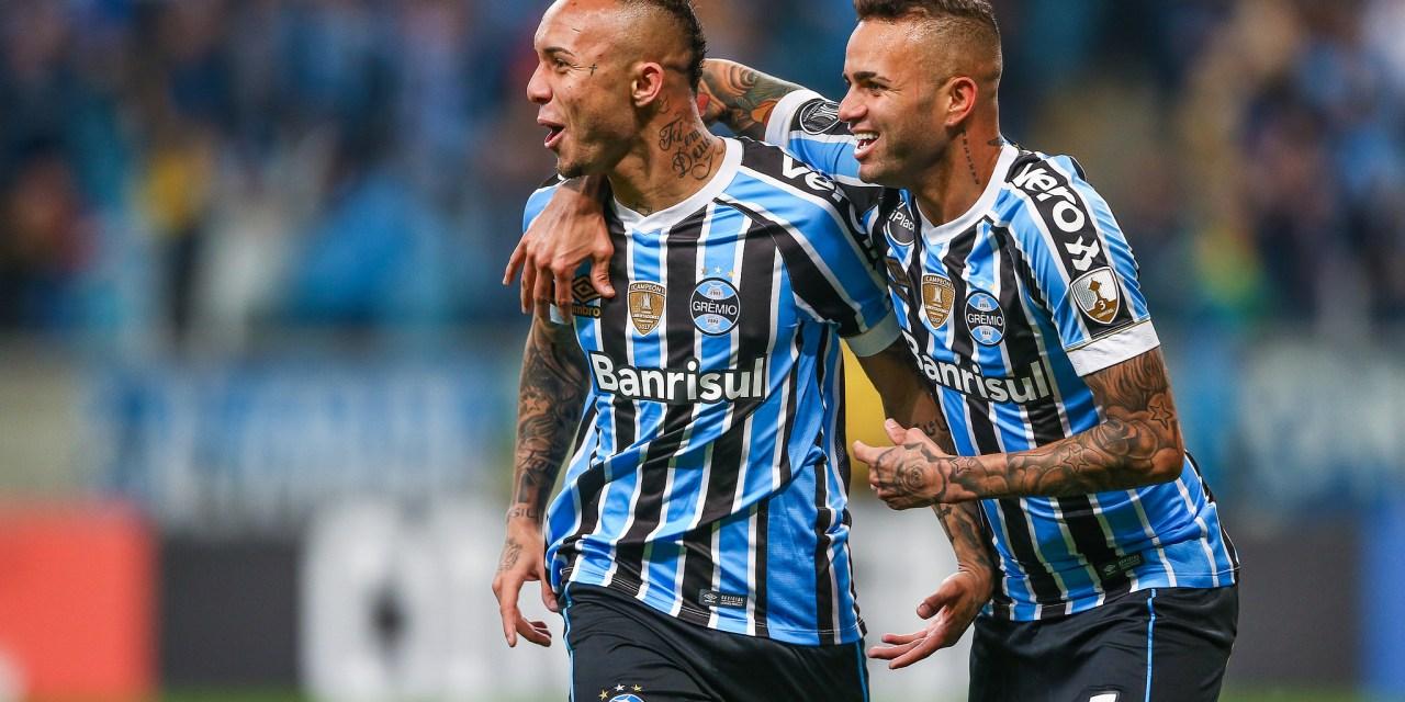 Grêmio vence nos pênaltis e segue vivo na Libertadores