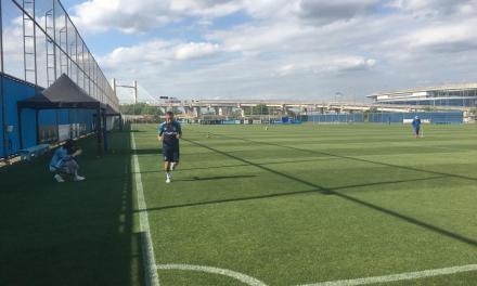 Everton segue treinando em separado