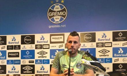 Paulo Victor pede que torcida abrace o time no Brasileirão
