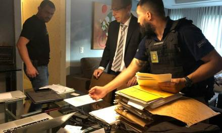 Operação do MP investiga desvio financeiro na gestão Vitório Piffero no Internacional
