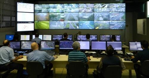 Cercamento eletrônico da capital auxilia na recuperação de carros roubados
