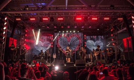 Maiara e Maraisa tocaram em Porto Alegre e o Virou Moda acompanhou