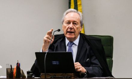 Lewandowski decide que entrevistas de Lula devem ser exclusivas