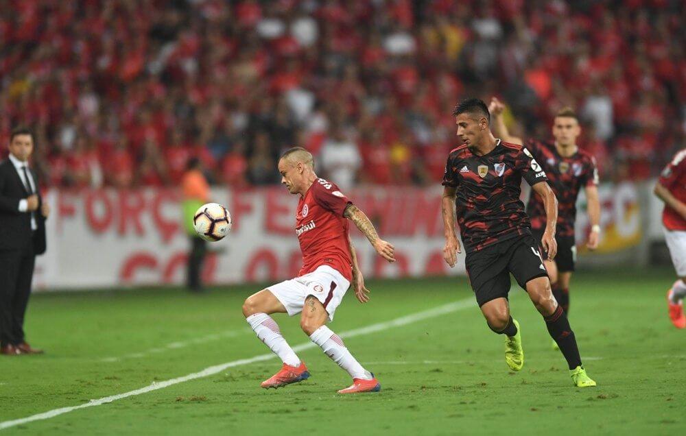 Inter não segura vantagem e empate com River Plate no Beira-Rio