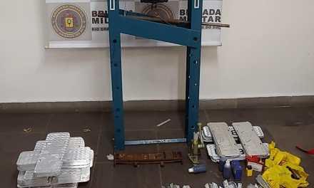 Fábrica de placas falsas funcionava em Canoas
