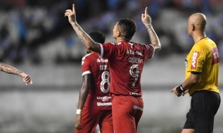 Guerrero faz seu ultimo jogo pelo Inter antes da Copa América