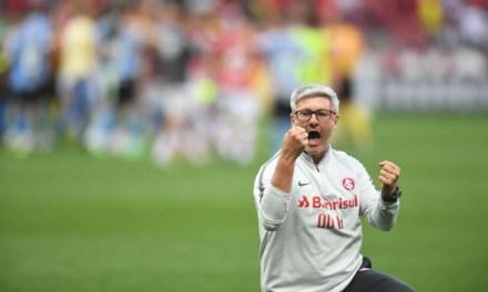 Odair completa 100 jogos como treinador do Inter