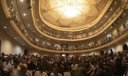 """Pré-estreia do longa-metragem """"Legalidade"""" lota Theatro São Pedro em Porto Alegre"""