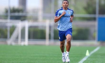 Elenco do Grêmio se reapresenta e faz apenas trabalhos físicos