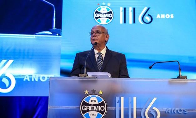 Durante comemoracao de 116 anos do Gremio, Bolzan se emociona em discurso pelo tetra da Libertadores