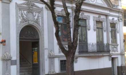 Feijoada e roda de samba na Pinacoteca Ruben Berta