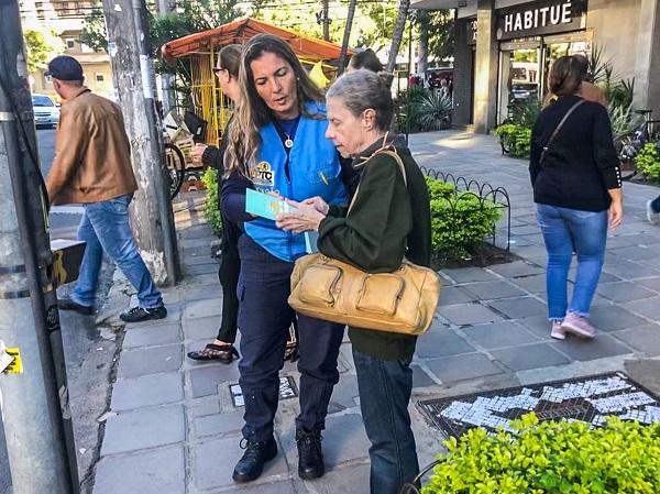 EPTC reforça ações pela segurança do pedestre idoso