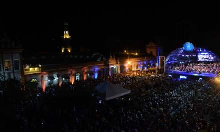 Cortejo Musical envolve centenas no Centro Histórico de Pelotas