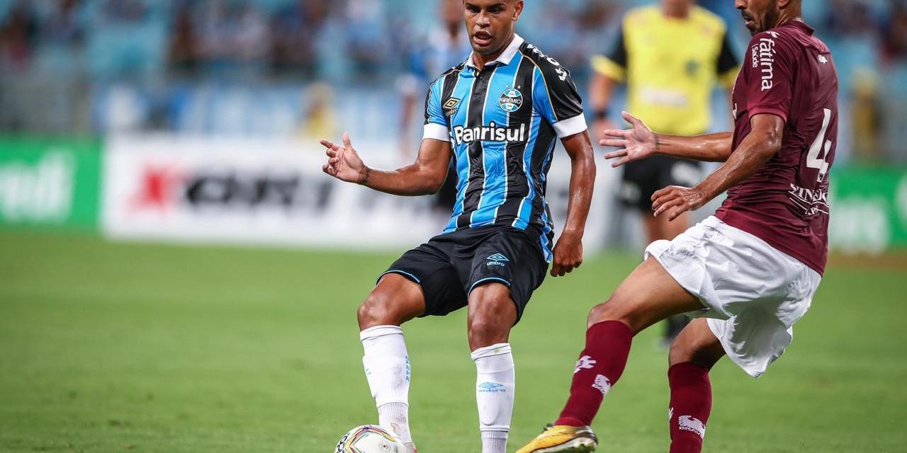 Grêmio acaba superado pelo Caxias na estreia no Gauchão