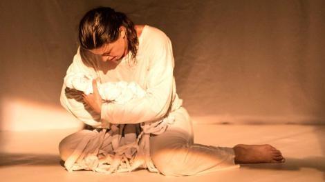 Peça baseada em texto de Dario Fo e Franca Rama na Álvaro Moreyra