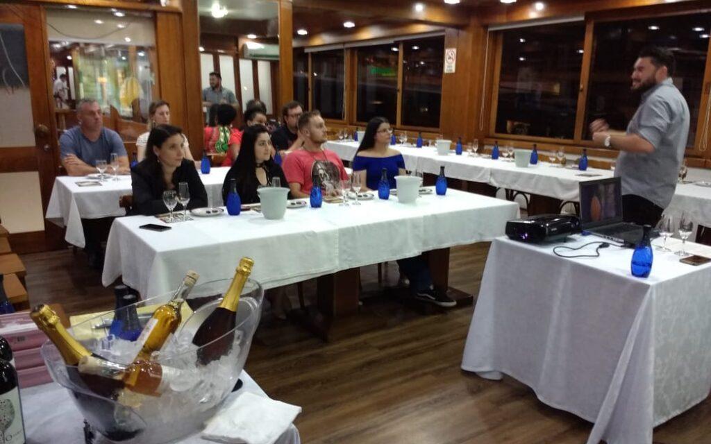 Bento: Curso de Harmonização de Chocolates e Vinhos acontece neste sábado