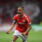 Ídolo: D'Alessandro se torna o argentino com mais partidas em Libertadores