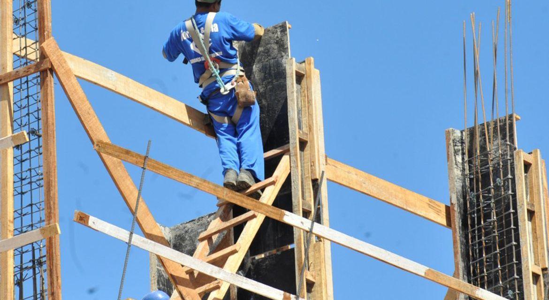 Confiança da construção cresce 6,6 pontos em julho