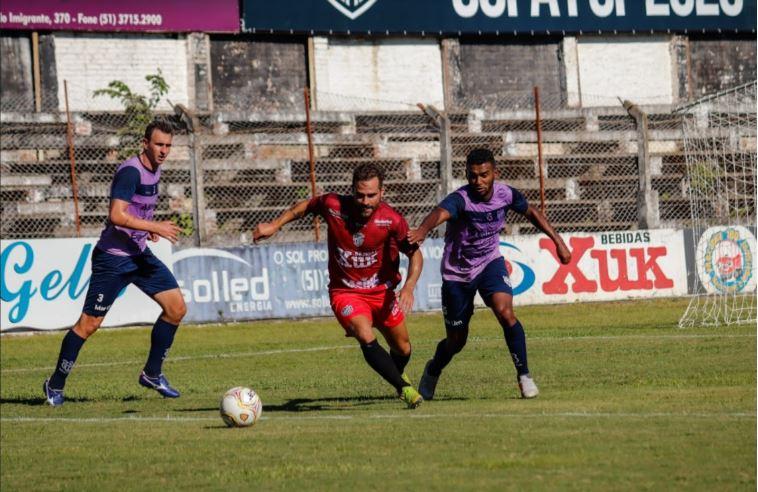 Santa Cruz vence amistoso diante do Esportivo