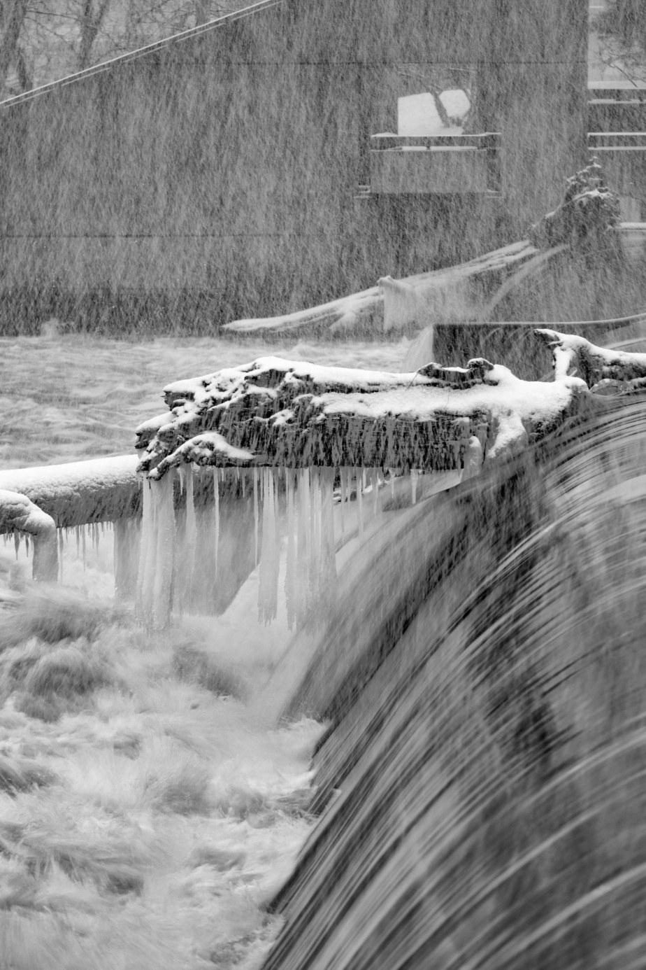 Sixth Street Dam 2937-