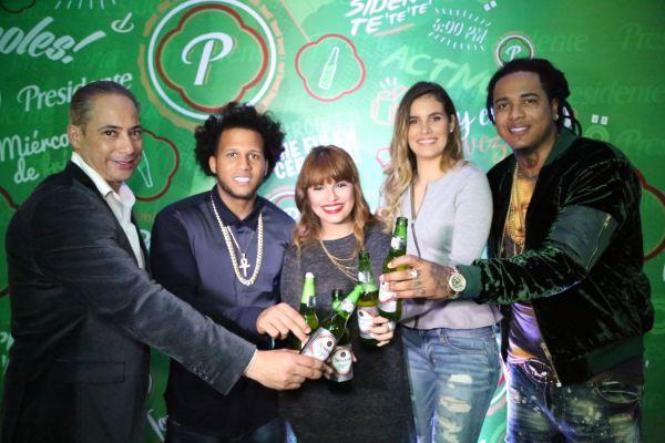 Francis Gallardo, El Alfa, Melymel, Melissa Martinez y Shellow Shaq