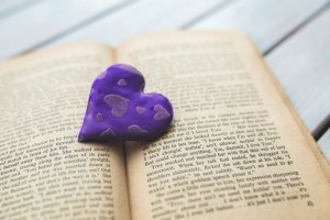 purple-photo-red-heart-book-9698