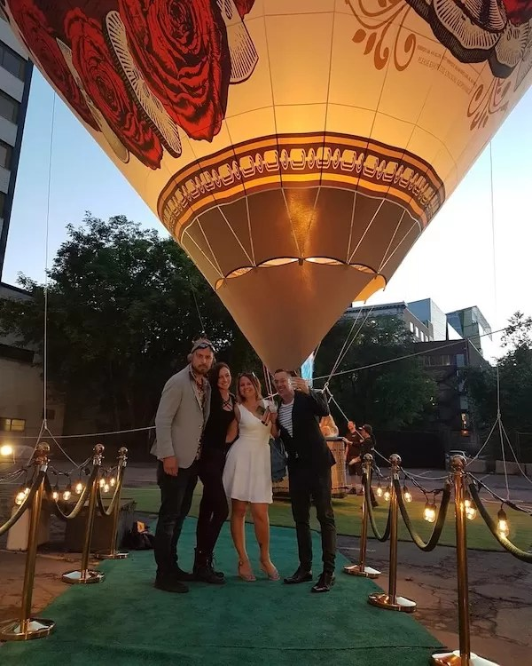 Fly Over Montreal with Gin Hendricks - Balloon