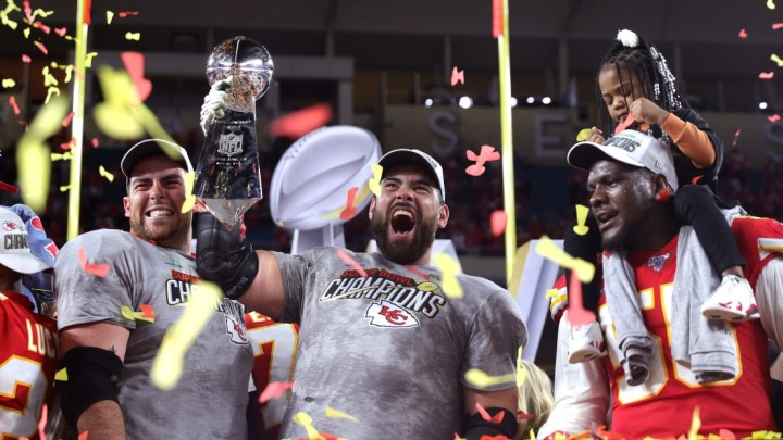 Super Bowl : De grandes émotions pour Laurent Duvernay-Tardif et ...