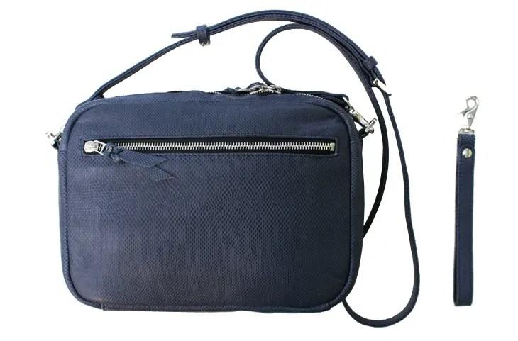 LEON掲載バッグ、エキゾチックレザーのカロングを使ったバッグ『2FACE』