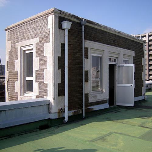 屋上の塔屋