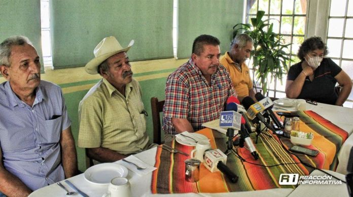 09 09 20 Ejido members of the Mazatlán highway movement