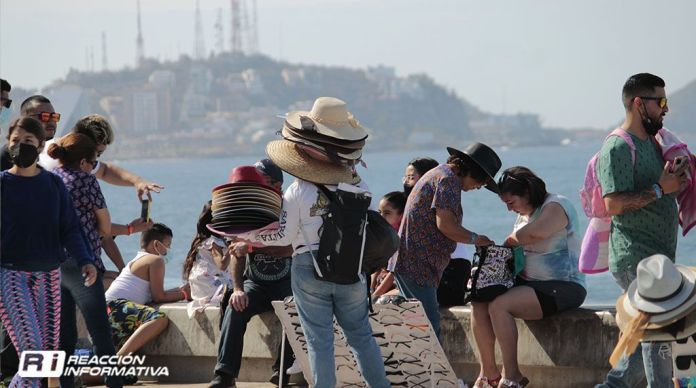 tourism easter vacationers tourists
