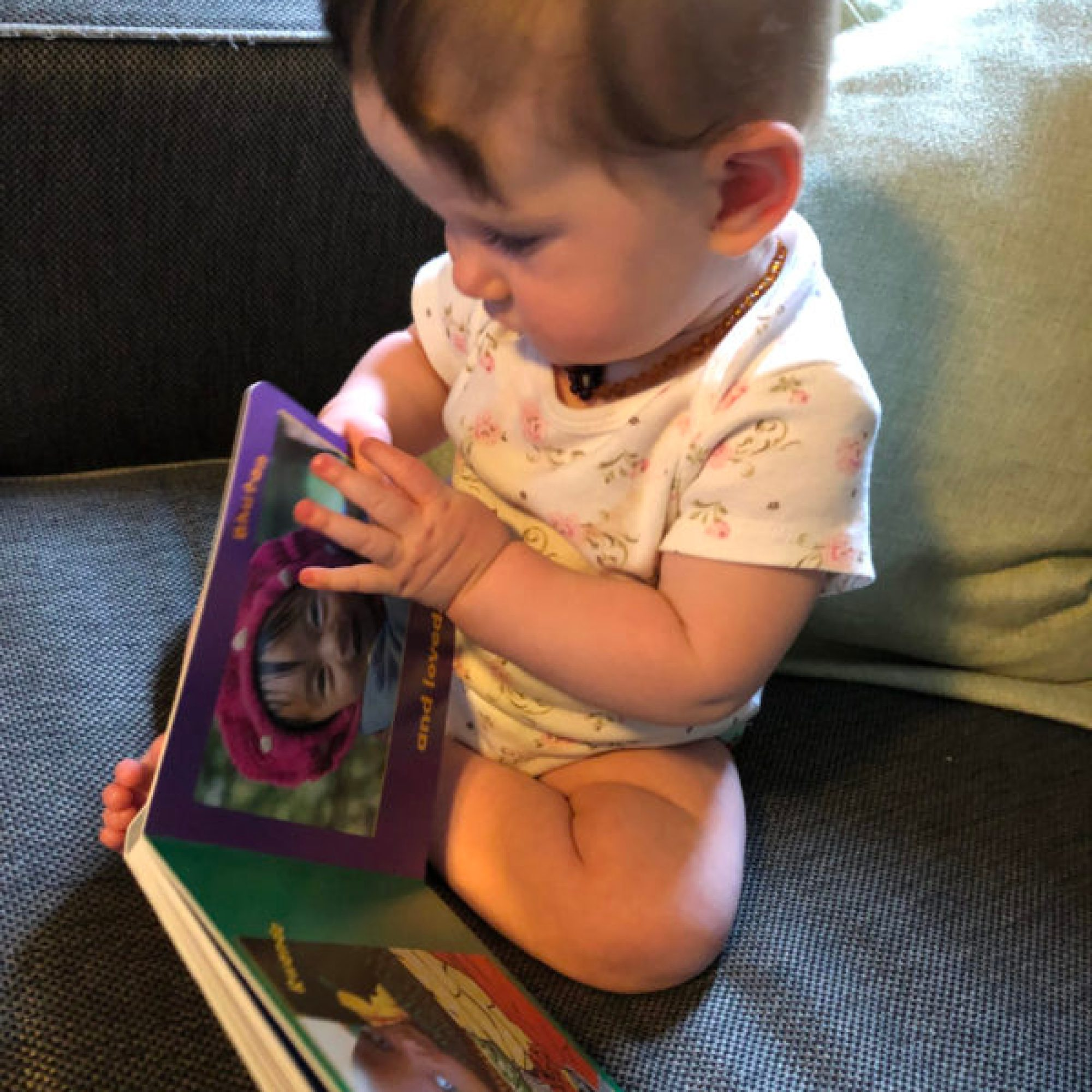 baby turning pages