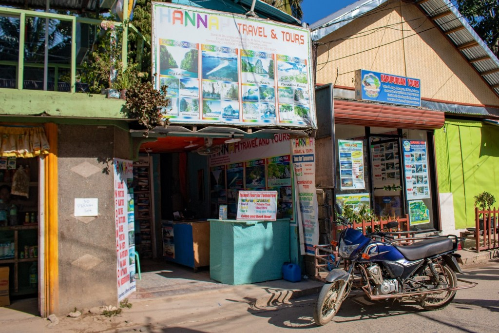 Tour shop El Nido, Philippines